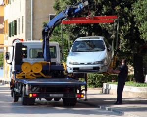 Sind Rettungswege blockiert, kann das Auto abgeschleppt werden