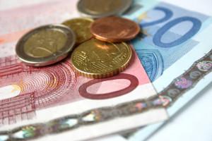 Den TÜV zu überziehen kann ein Bußgeld von bis zu 60 Euro nach sich ziehen