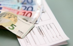 Ein Bußgeldbescheid verursacht Kosten, die Sie mit dem Bußgeldrechner ermitteln können