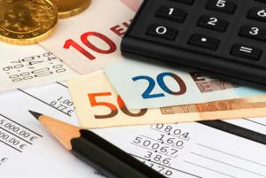 Die im Bußgeldbescheid enthaltenen Kosten, aber auch Punkte finden Sie auf den folgenden Seiten
