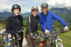 Eine Helmpflicht fürs Fahrrad besteht in Deutschland nicht.