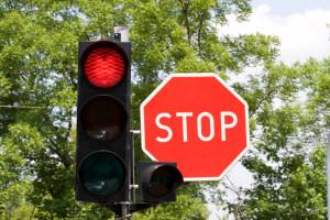 Rote Ampel überfahren? So funktioniert der Nachweis
