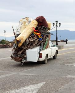 Überstehende Ladung darf kein Risiko für die Verkehrssicherheit darstellen.